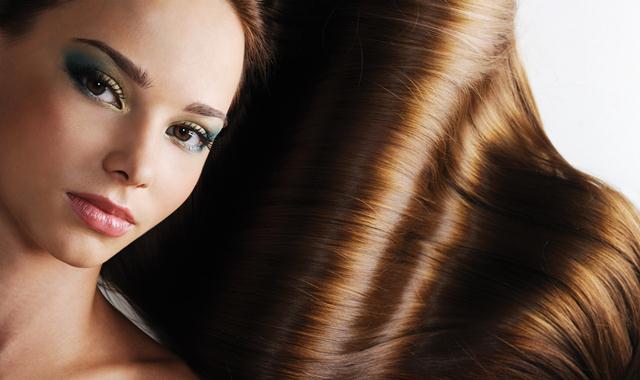 capelli-con-forfora-cause-rimedi-naturali-cure